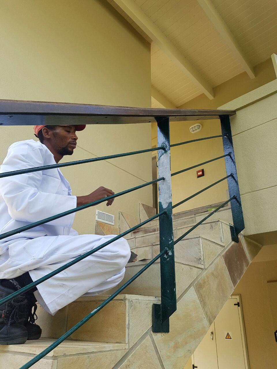 painting hand railings fancourt