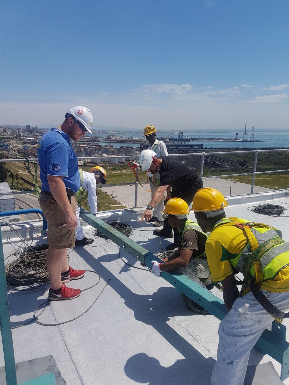 instaling swing scaffolding
